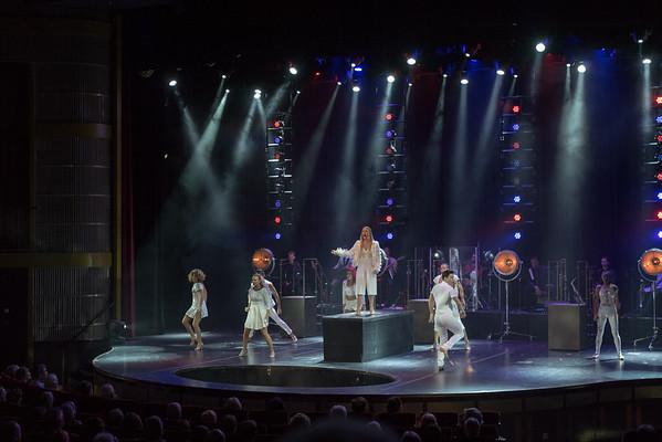 CelebrityEquinoxEveningShow1-LIFE-04-16-16