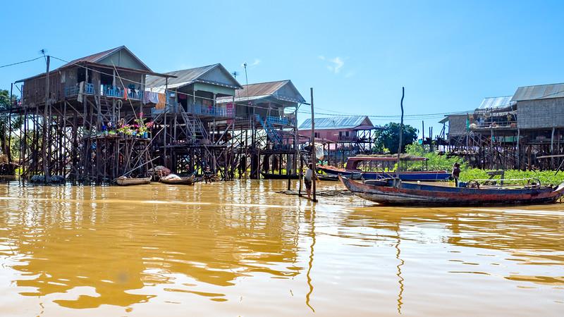 Kampong Phluk កំពង់ភ្លុក