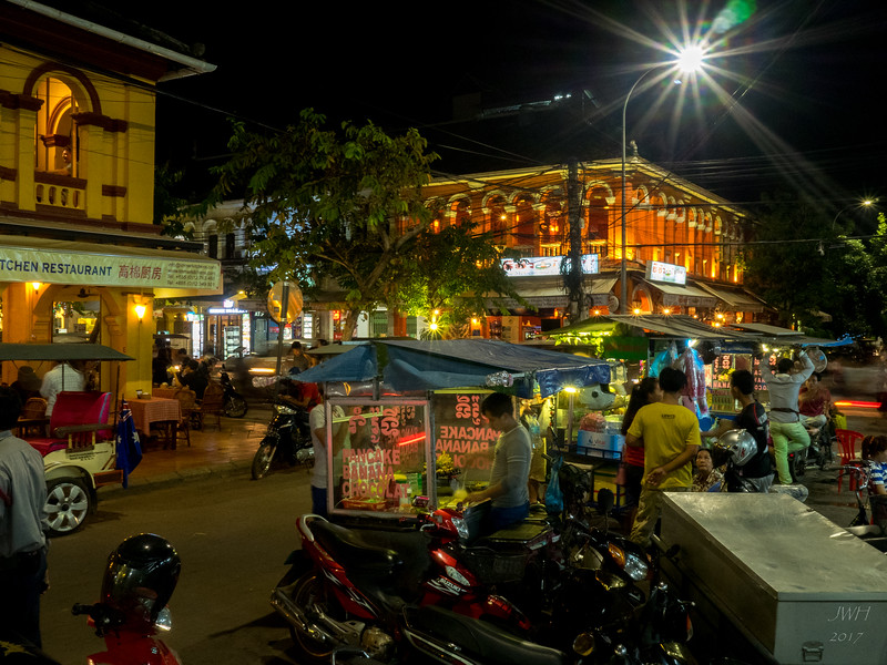 Siem Reap at night
