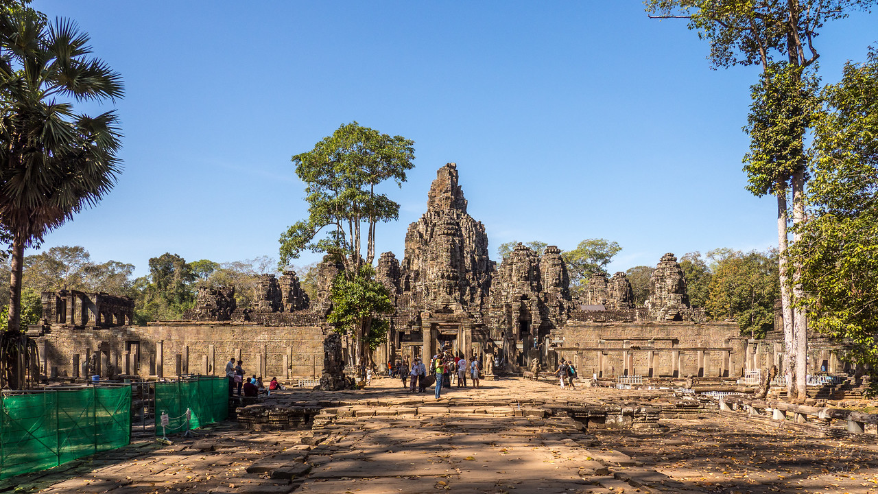 Prasat Bayon from the West