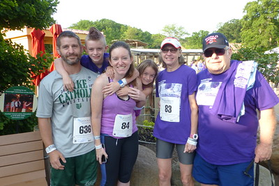The Running Team (Sayre, Chance, Megan, Brenna, Aunt Shirley and Uncle Tim)