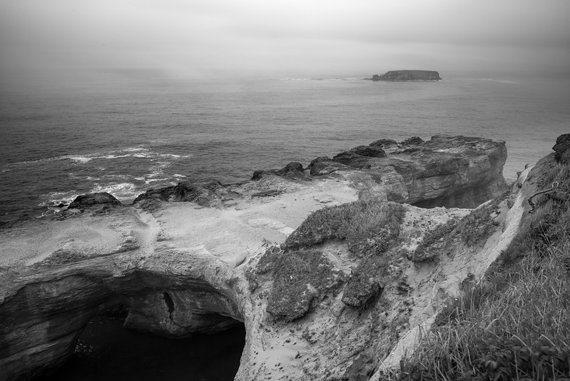 2017-08-09-Devils-Punchbowl-n-Yaquina-Head-Lighthouse