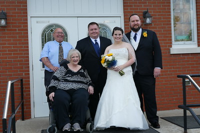 Brooke and Steven with Jeremy (Father) and Grandparents.