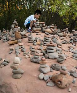 Rock cairns, Red Rock Crossing