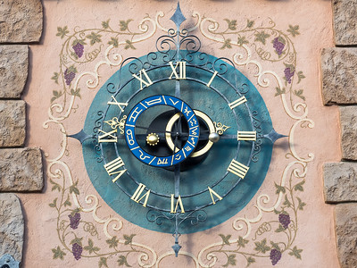 Clock face outside of Peter Pan ride