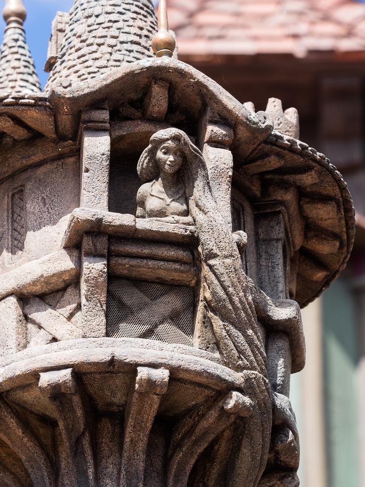 Mini Rapunzel tower statue.