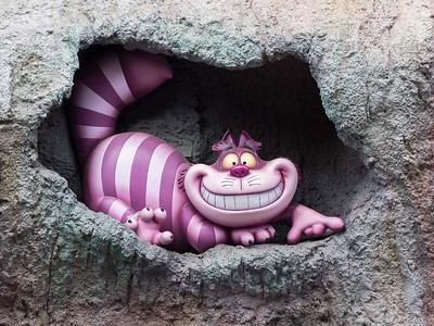 Cheshire cat outside Alice in Wonderland ride.