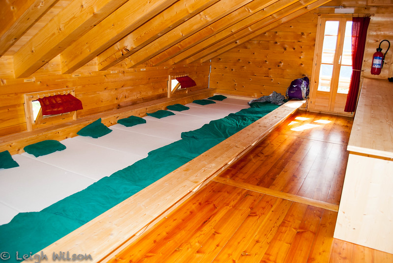 Sleeping room at Cabane de Louvie