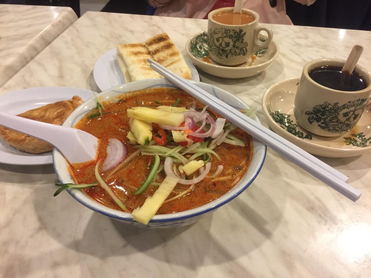 在吉隆坡機場凌晨五點半的早餐