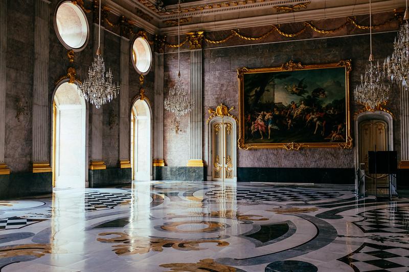Potsdam. New palace. Ball room.