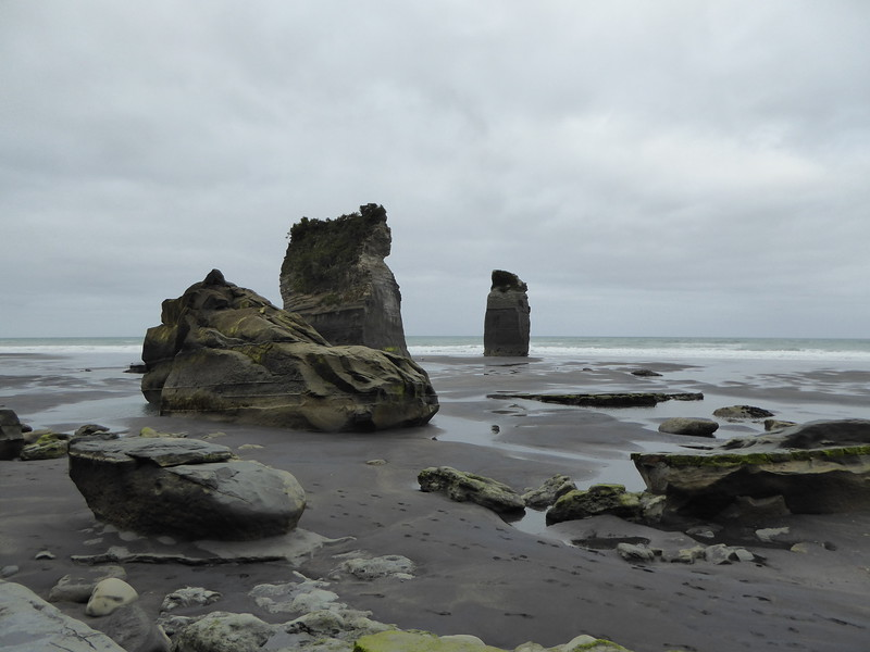 Three Sisters, Tongaporutu