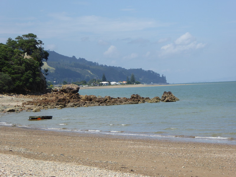 Beach stop on the road between Thames and Coromandel