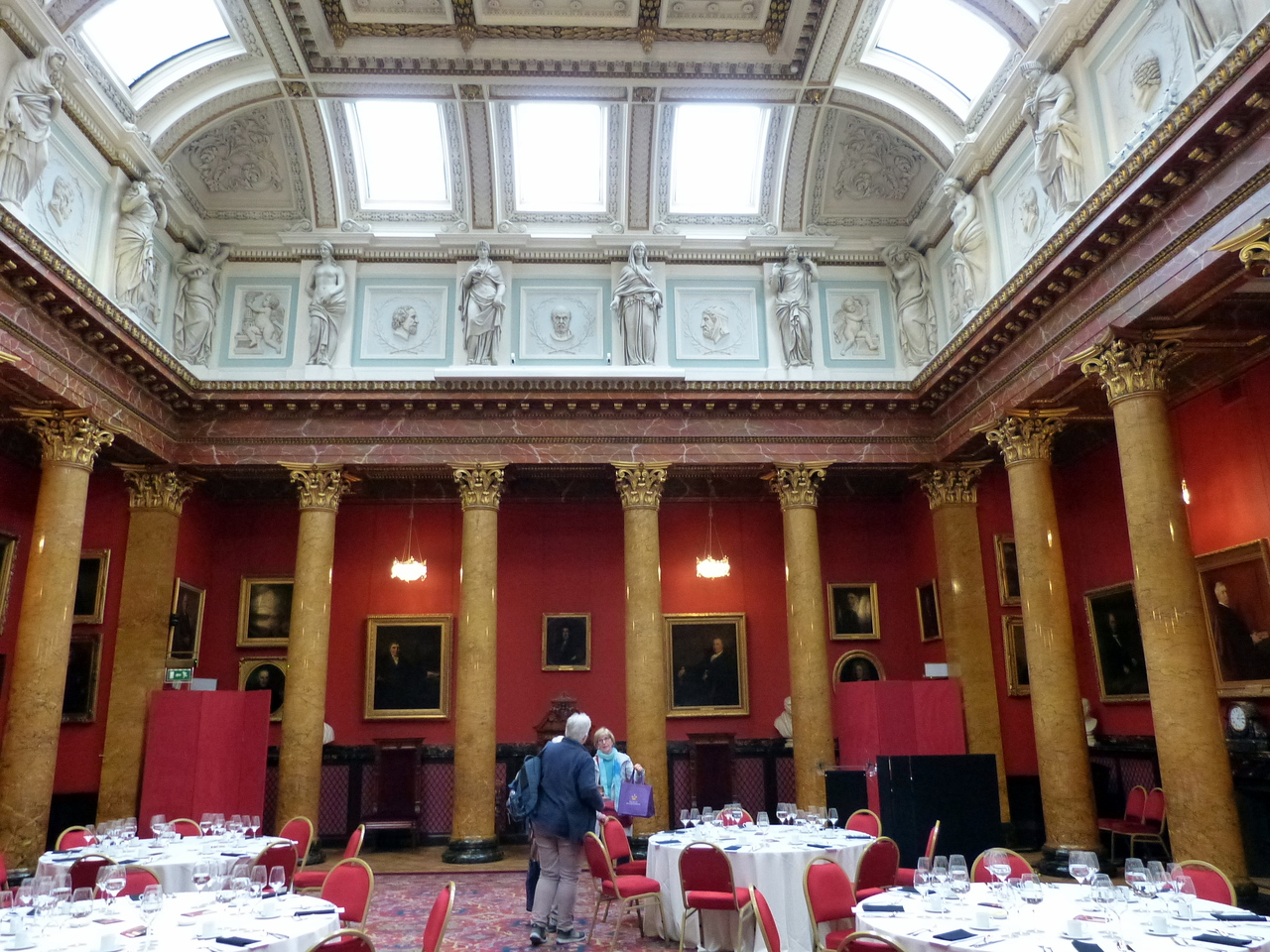 We had lunch in the Grand Hall of The Royal College of Physicians of Edinburgh.