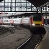 43319 arrives at Newcastle, 0900 London Kings Cross / Edinburgh Waverley. Sat 02.12.17