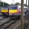 West Coast Railway's 47772 alongside 82200 on the fuel apron at Craigentinny Depot. Sat 02.12.17