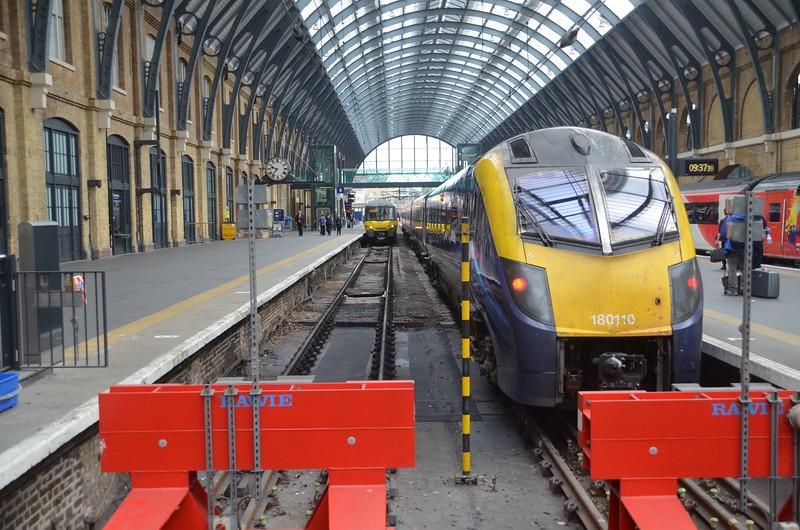 180110 at Kings Cross, 0948 to Hull. Mon 05.06.17
