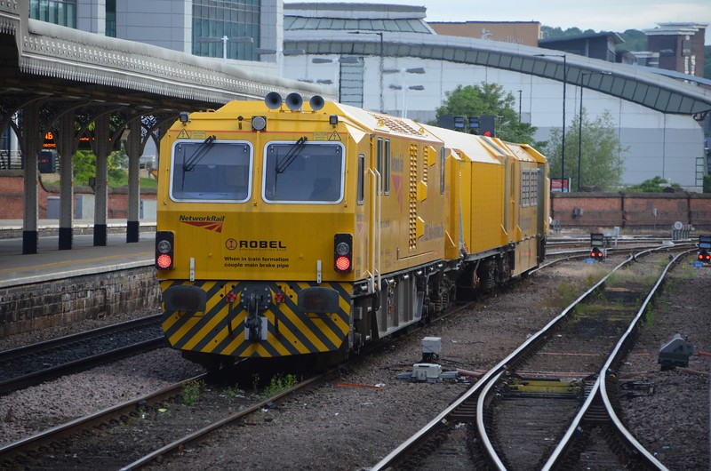DR79805 stands at Sheffield after carrying out track maintenance nearby overnight. The Mobile Maintenance Train allows infrastructure work to be carried out inside the middle vehicle of the machine. This is more cost effective , safer for workers, less time consuming before and after the possession work takes place. Fri 02.06.17