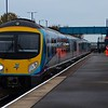 185147 arrives at Barnetby, 1126 Cleethorpes / Manchester Airport. Weds 01.11.17