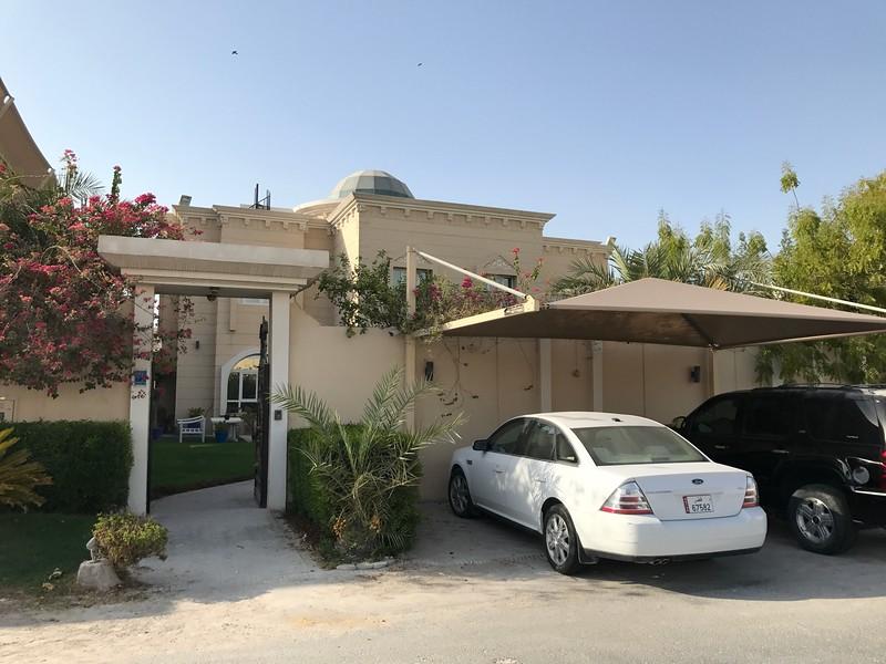 Katarský dům návštěva
