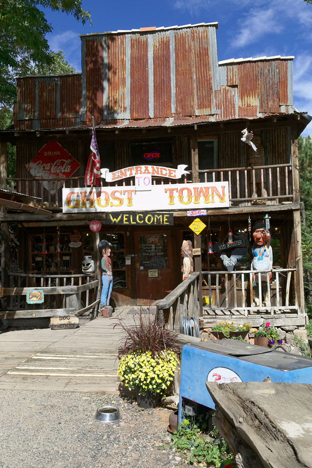 """Proclaimed """"Ghost Town"""" - more of a historical collection of junk"""