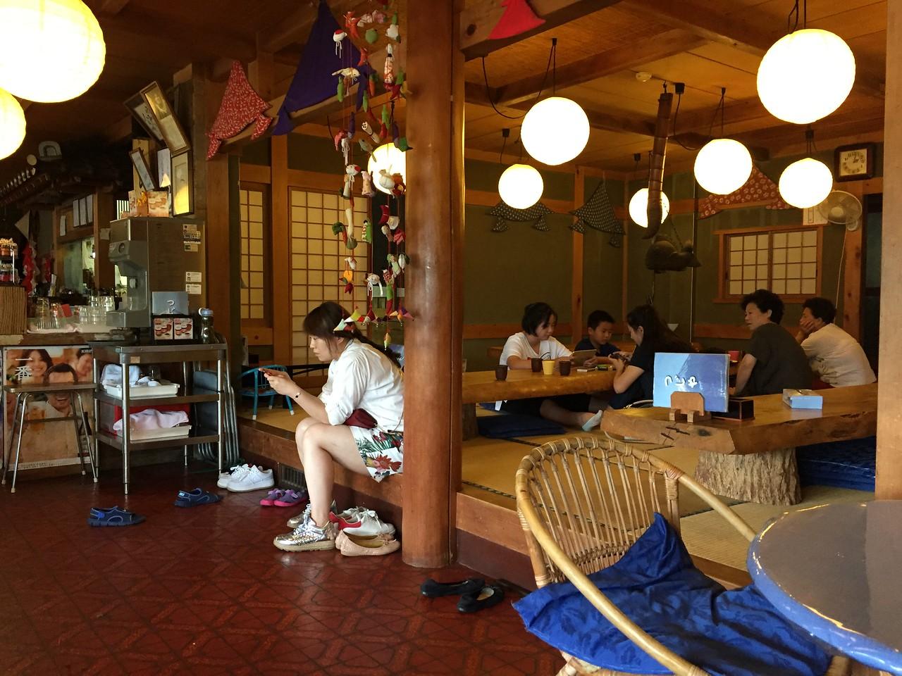 Restaurant on the shore of Lake Kawaguchi