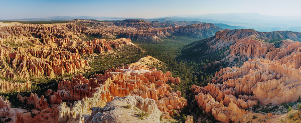 Bryce Canyon, Utah If you like see the full panoramic view, please visit my website (link in bio). I'm sorry for that, posting panoramic views on Insta somehow sucks...