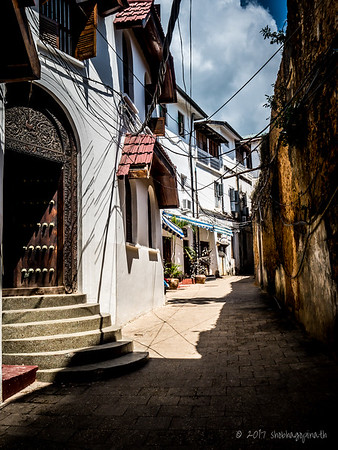 The alleyways of Stone Town ...