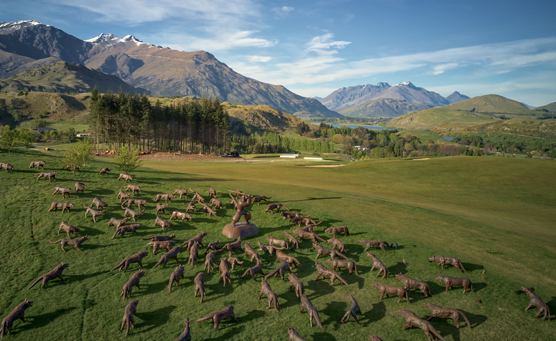 Taken at the Hills golf club.  The Hills is an exclusive club started by Sir Michael Hill.  The course is famous for the art installations alongside the course.