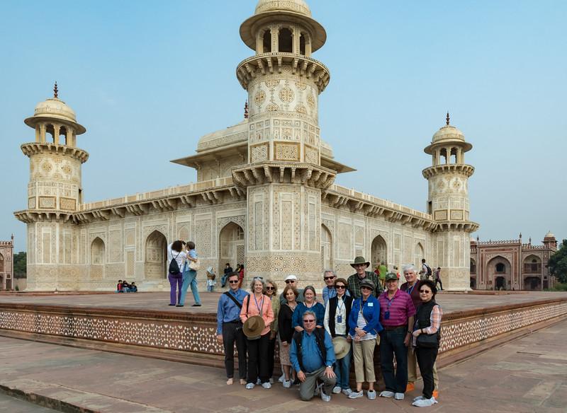 The Dartmouth group visits Itmad-ud-Dauluh, aka the Baby Taj.