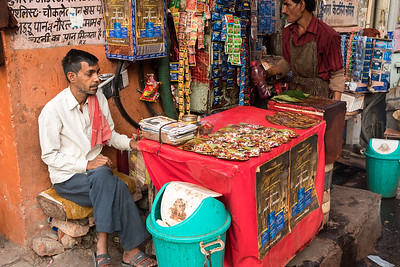 A paan vendor in Jaipur bazaar.