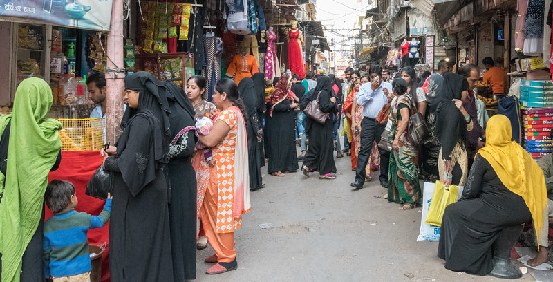 The back streets of the bazaar in Jaipur's Pink City.