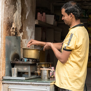 A chaiwallah in the backstreets of Jaipur bazaar.