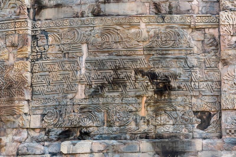 Carvings on Dhamekh Stupa.