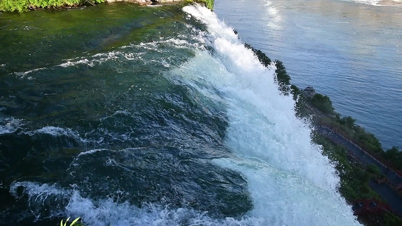 Niagara's Bridal-veil falls and American Falls.