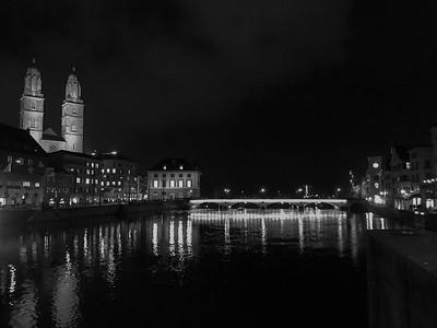 Zurich at night - in black & white.