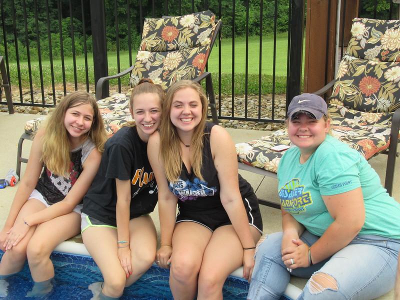 Sisters! Lauren, Samantha, Katie and Tori.
