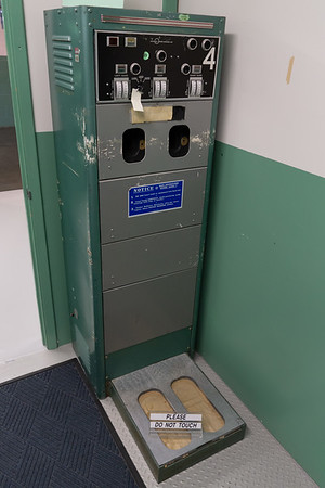 This was a radiation detector for workers. It would simultaneously measure radiation levels on each hand and foot.
