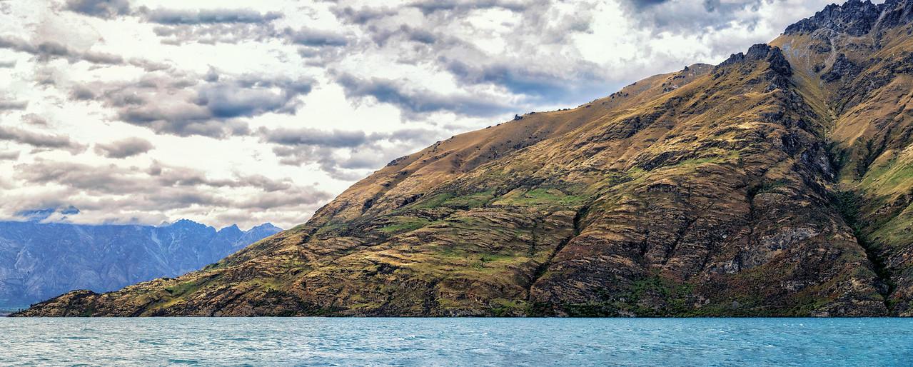 """2018-03-20 Panorama: Lake Wakatipu,  on board the steamer TSS Earnslaw , coords: 45°4'33"""" S 168°35'46"""" E"""