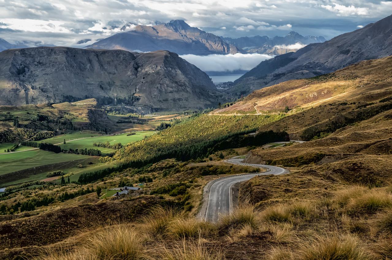 "2018-03-21 Skipper Road Lookout,  NE of Queenstown, New Zealand. Coords: 44°56'33"" S 168°42'40.001"" E"