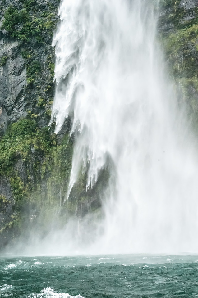 """2018-03-19 Milford Sound, New Zealand. Coords: 44°36'9"""" S 167°49'33"""" E"""