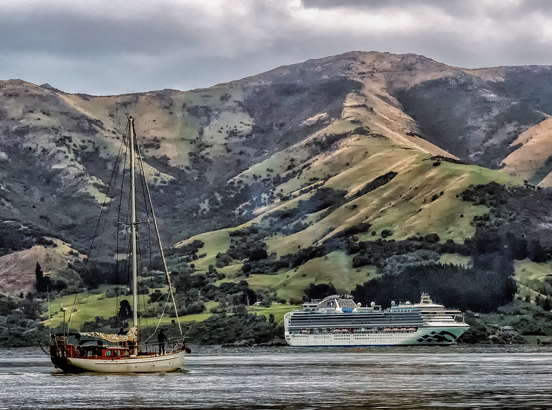 "2018-03-17 Akaroa harbor, New Zealand.  ""Diamond Princess is a cruise ship owned and operated by Princess Cruises. She began operation in March 2004 and primarily cruises in Asia during the summer and Australia in the winter season."" Tonnage: 115,875 tons."