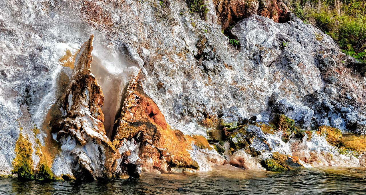 """2018-03-15 Mineral deposits seen while on Lake Rotomahana, coords: 38°16'4"""" S 176°25'15"""" E. SE of Rotorua, New Zealand."""