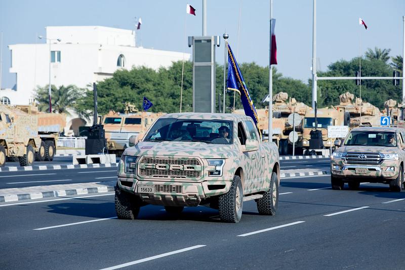 Vojenská přehlída Ford Raptor Katar