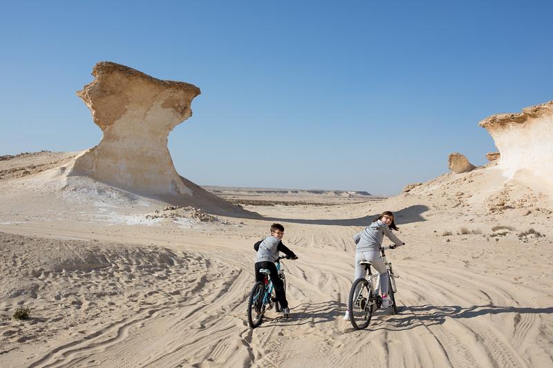 Jarošovi děti cyklistika poušť Zekreet Katar