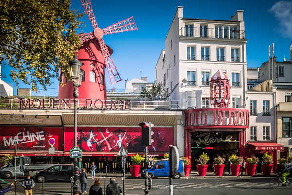 First stop was Montmartre; lots of strip clubs and the famous Moulin Rouge along the boulevard.