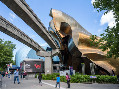 Monorail track and Museum of Pop Culture