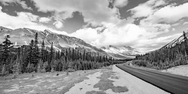 The Icefields Parkway is one of the more scenic drives of the world...