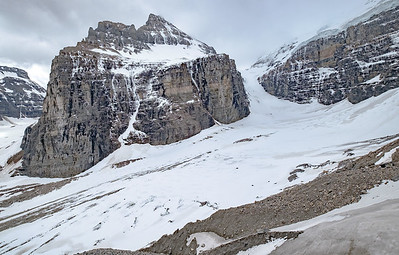 View of the mountaineering hut at the col at the head of the glacier.