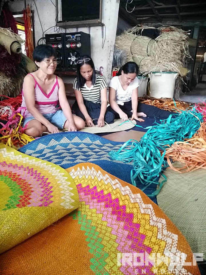 Banig weaving in Basey