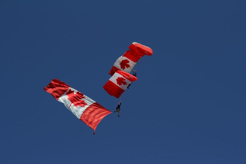 The Skyhawks, Canada's Military Parachute Demonstration Team